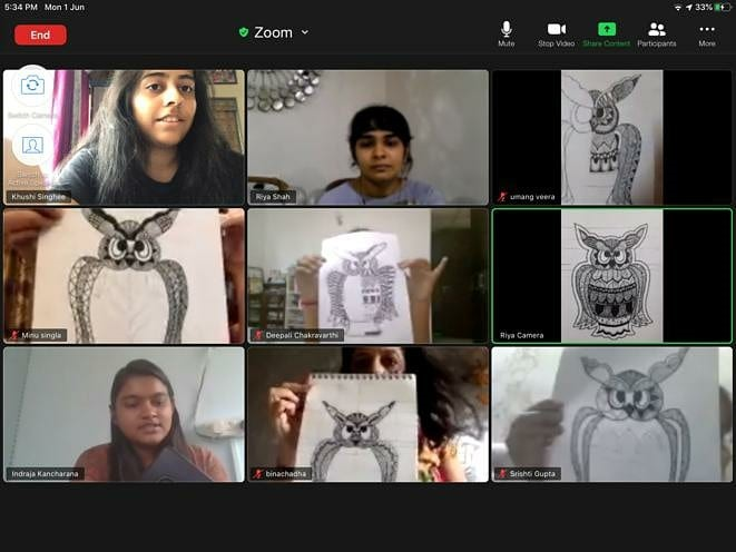 screenshot of Leos hosting their online Zoom call drawing class